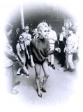 Edie Sedgwick in pantyhose (15)