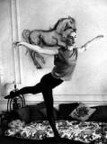 Edie Sedgwick in pantyhose (1)