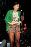Lily Allen: &#8220;What is where? Here under the t-shirt? <br />Hmmm&#8230; pantyhose&#8230;&#8221;