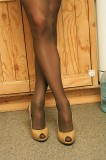rik-04 man in pantyhose and high heels