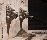 Girona. Gagged lions