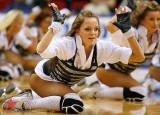 cheerleaders-pantyhose-fishnets-28