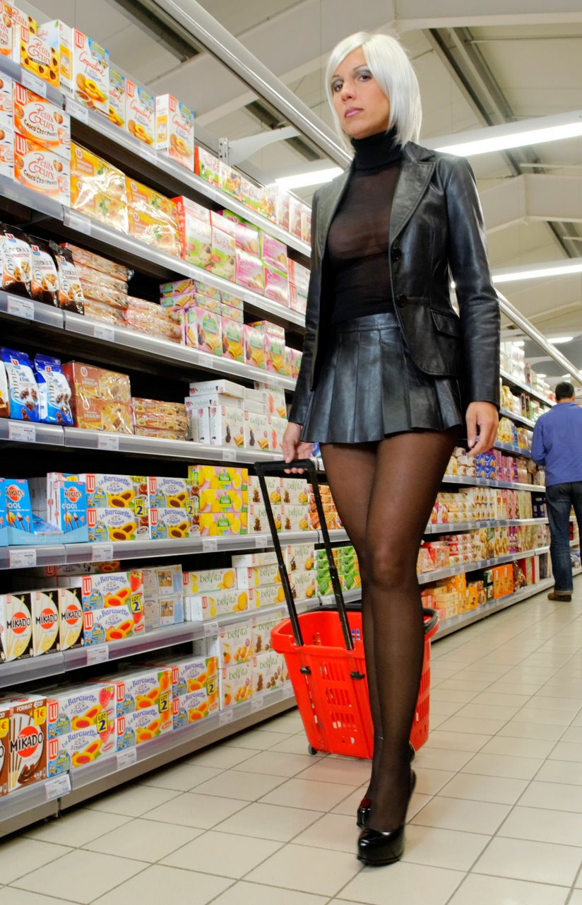 Tight pants in supermarket - 1 part 8