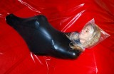 asphyxiation-bondage-latex-cocoon-20