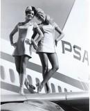 stewardesses-in-pantyhose-16