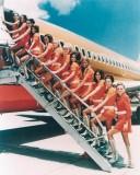 stewardesses-in-pantyhose-18