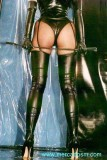 latex-stockings-02